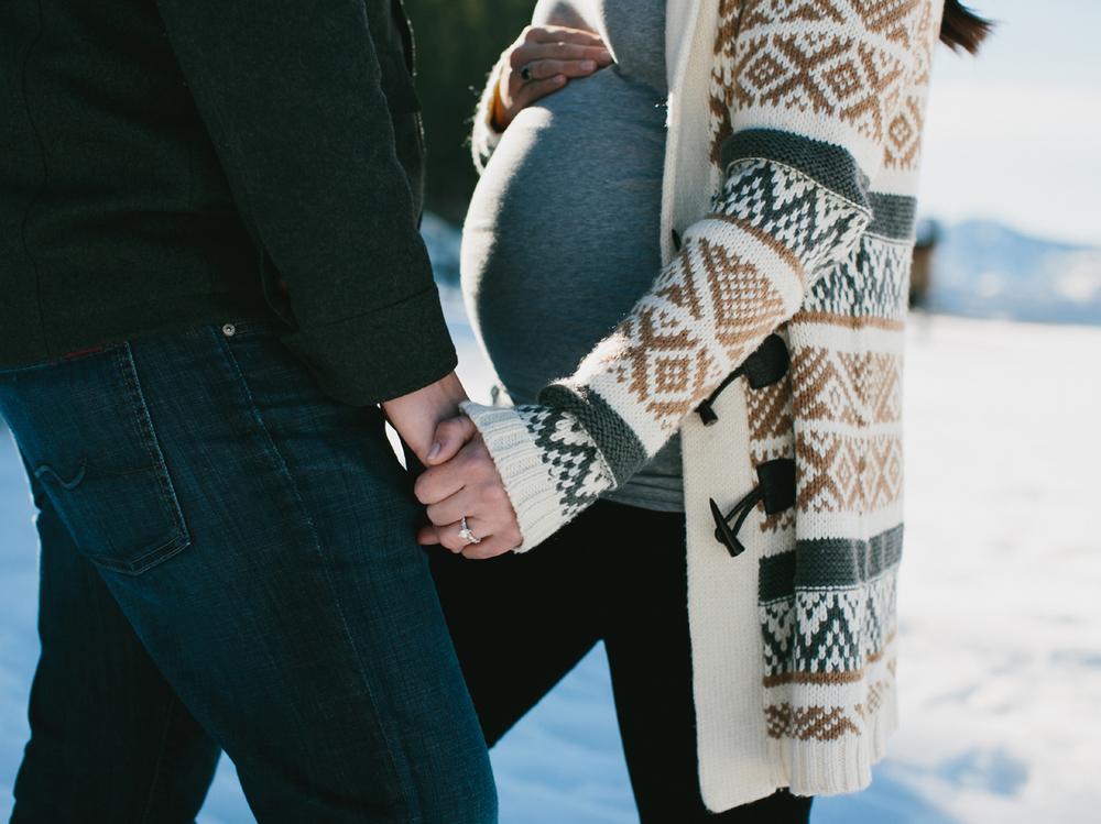 Lake Tahoe Maternity photography6.jpg