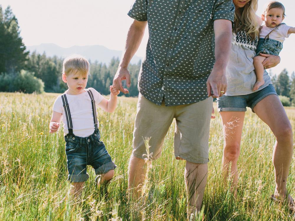 South Lake Tahoe Family PHOTOGRAPHY- 15.jpg