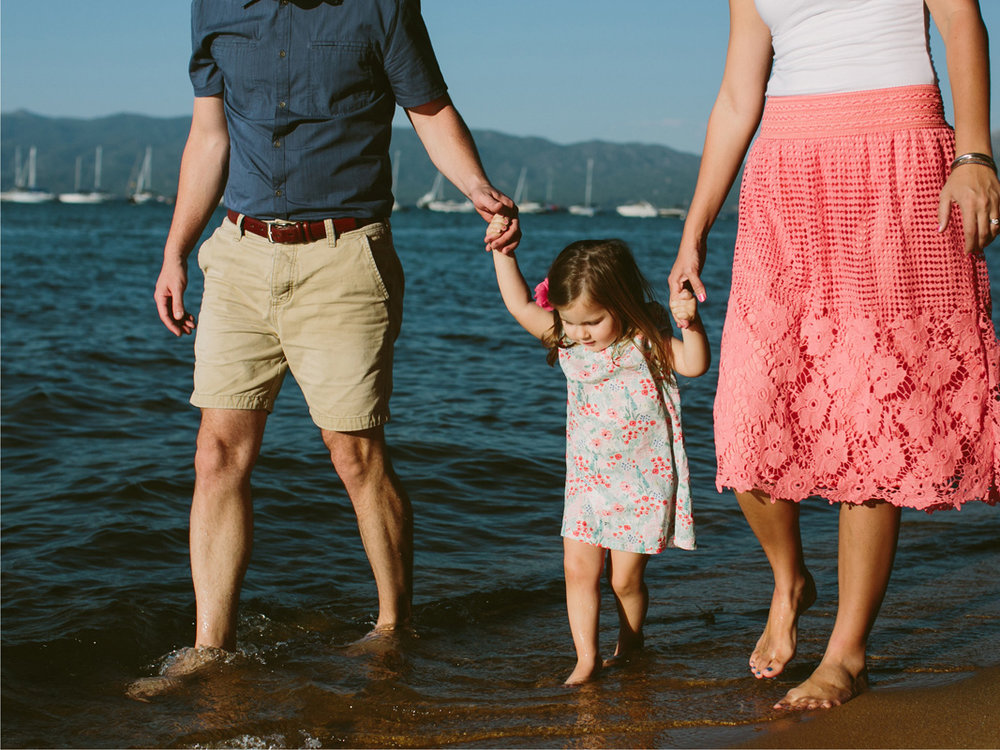 South Lake Tahoe Family PHOTOGRAPHY- 17.jpg