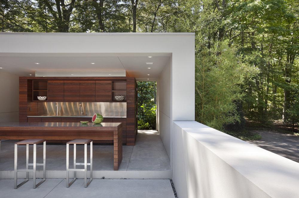 custom luxury outdoor kitchen and bar area