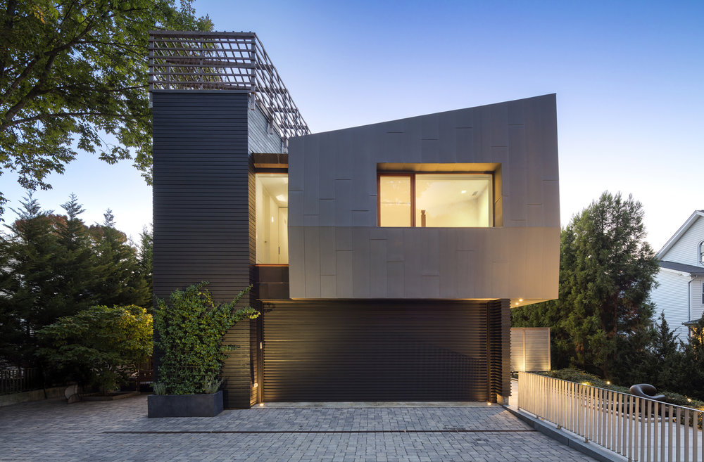 beautiful street view of new canaan townhouse modern architecture
