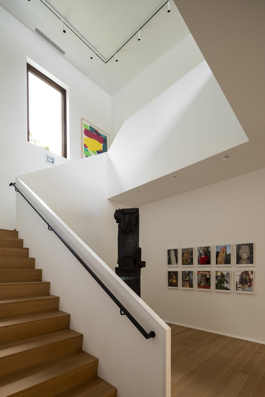 20_Westchester-Residence_Nicholas-Venezia_Selldorf-Architects.jpg