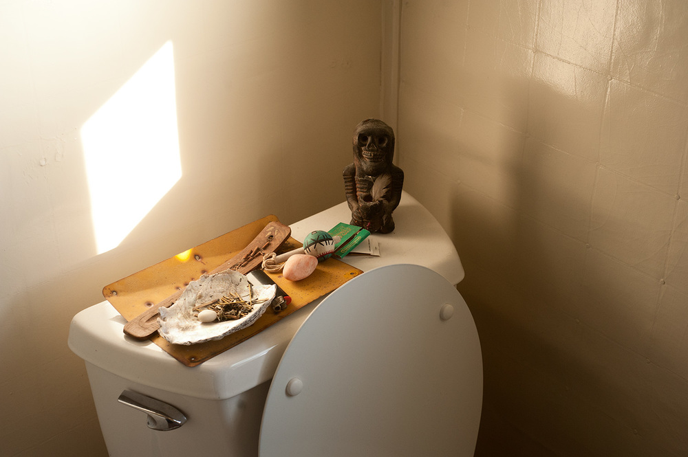151004_toilet_altar_1107.jpg