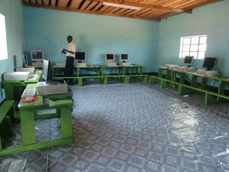 nyamome-computer-room-005.jpg