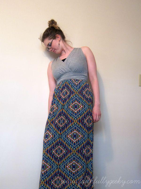 Gilli Shay Maxi Dress size Small