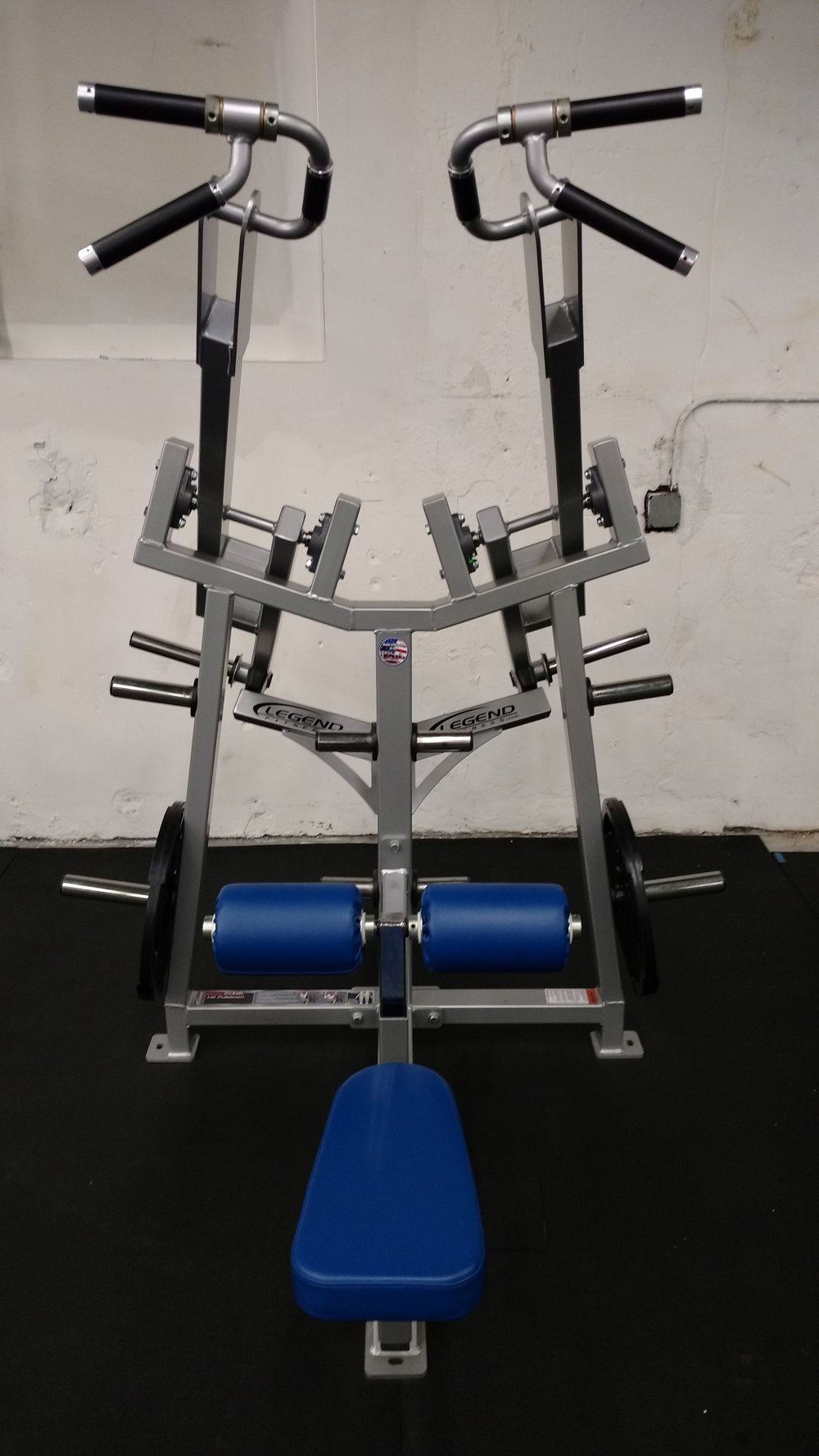 Legend Lat Pulldown
