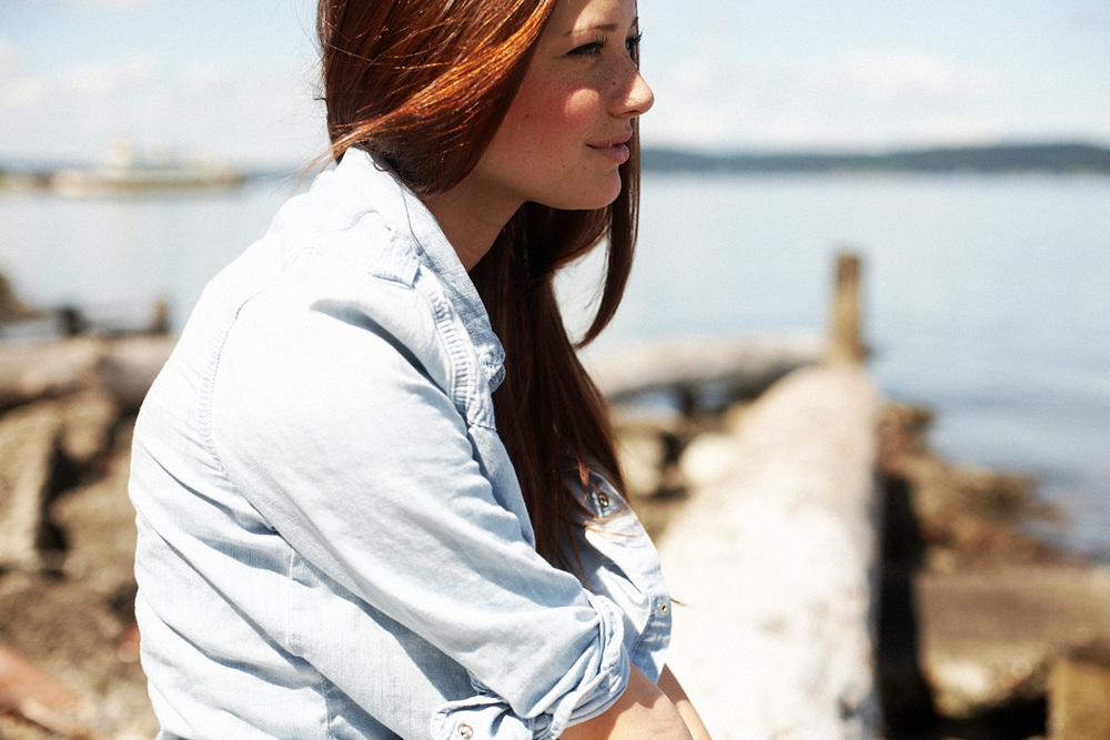 2011 Lindsay Hansen