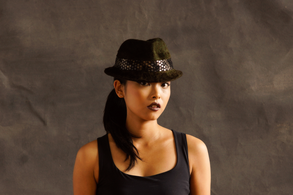 Joy-Scott-Hats-Kelly-4-web.png