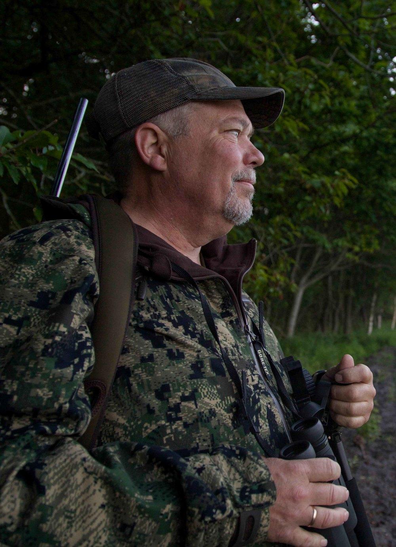 hunting-1-2.jpg