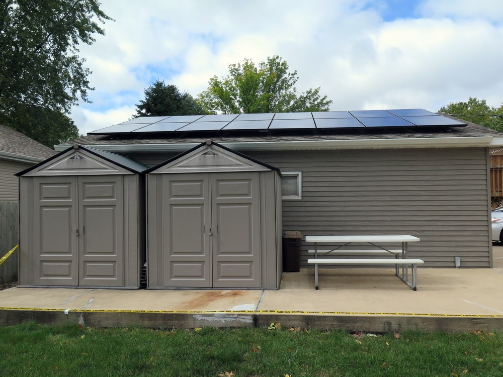 Matt Mattingly has 36 solar panels installed on his home's roof and external garage. (Photo: The Med City Beat)