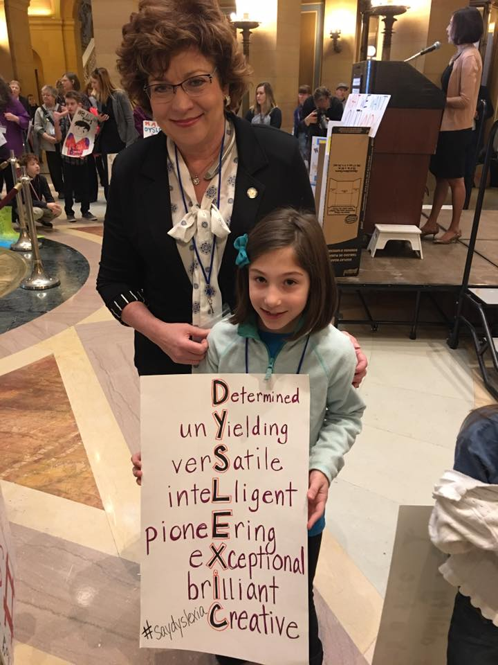 Sen. Nelson with Maria Presa, whose brother is dyslexic, at the Dyslexia Day Rally 2017 / Courtesy the Reading Center
