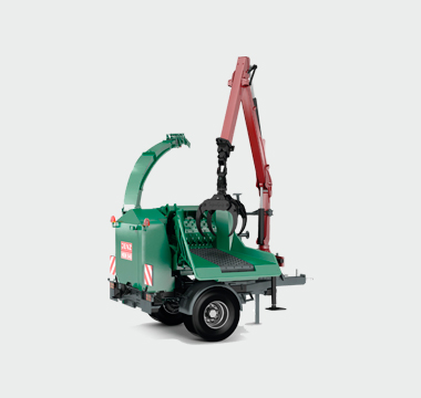 BA725D biomass processor with 510hp diesel engine