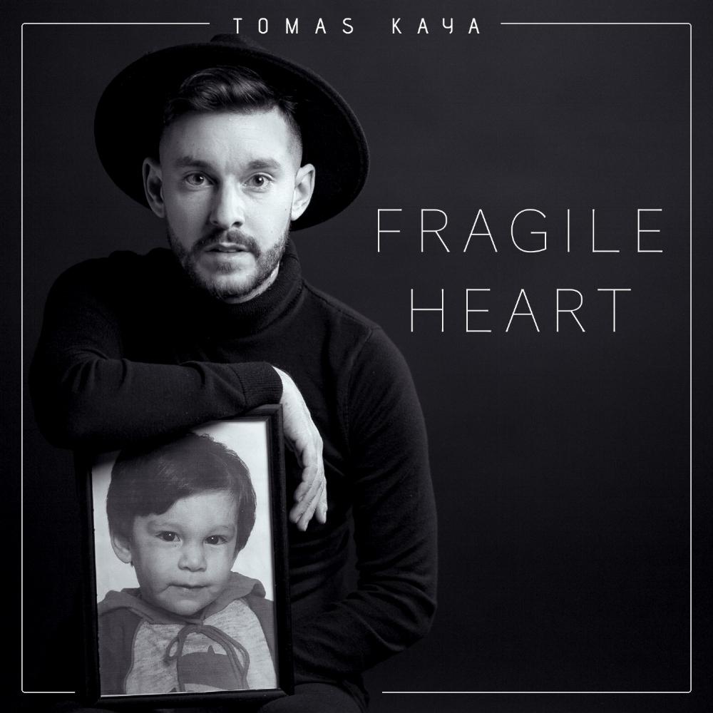 Tomas Kaya - Omslag Fragile Heart_13.jpg