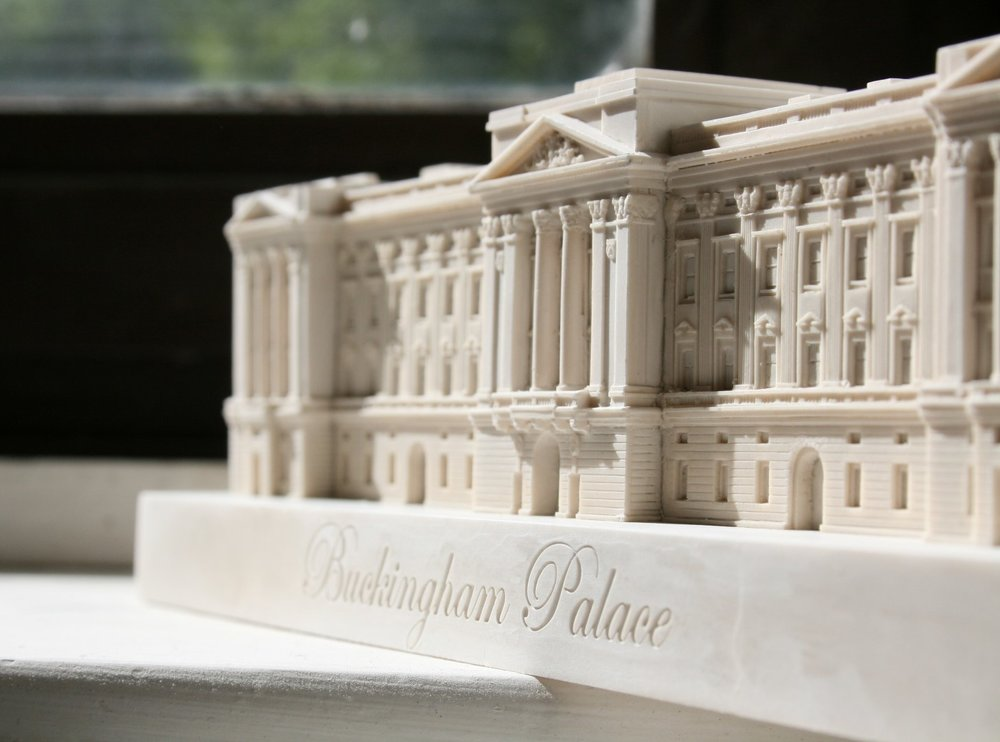 Buckingham Palace Small Model (1).JPG