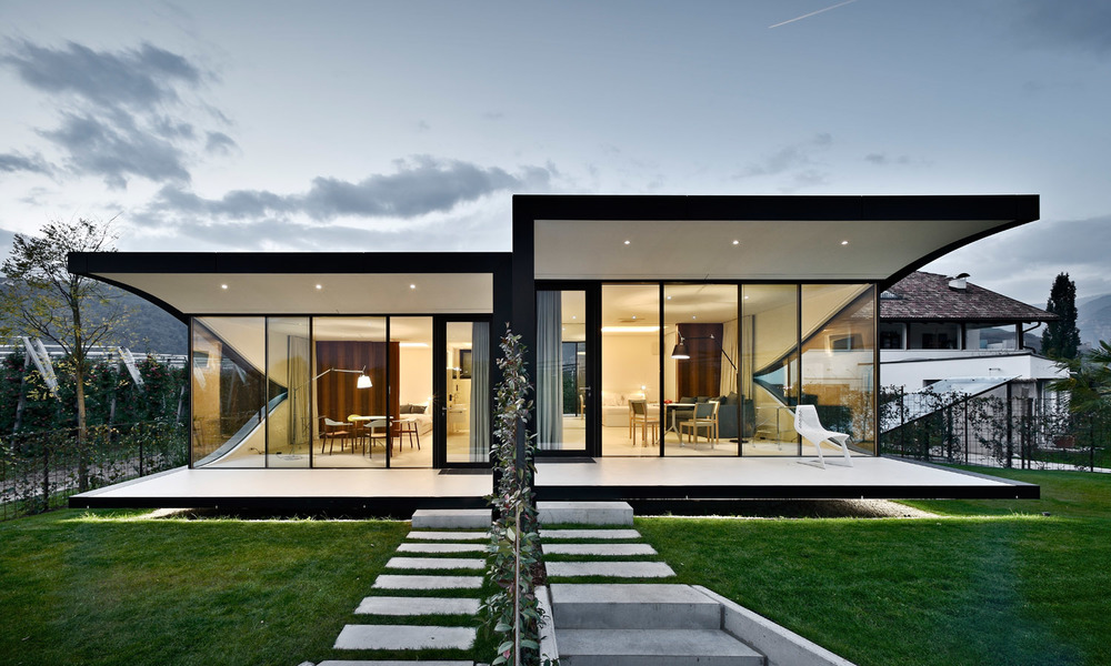 English Mirror Houses South Tyrol