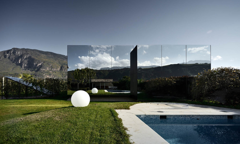 About — Mirror Houses South Tyrol on best house facades, best house humidity, best house finishes, best house gifts, best house doors,
