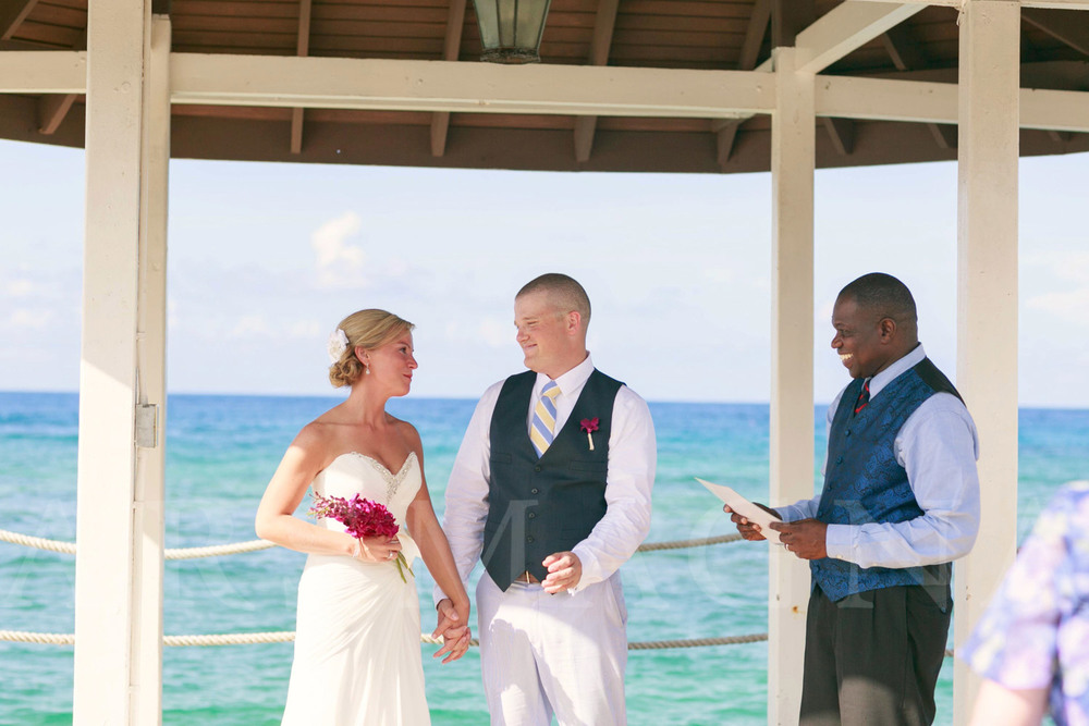 destination-wedding-photography-ochio-rios-jamacia-sandals-14.jpg