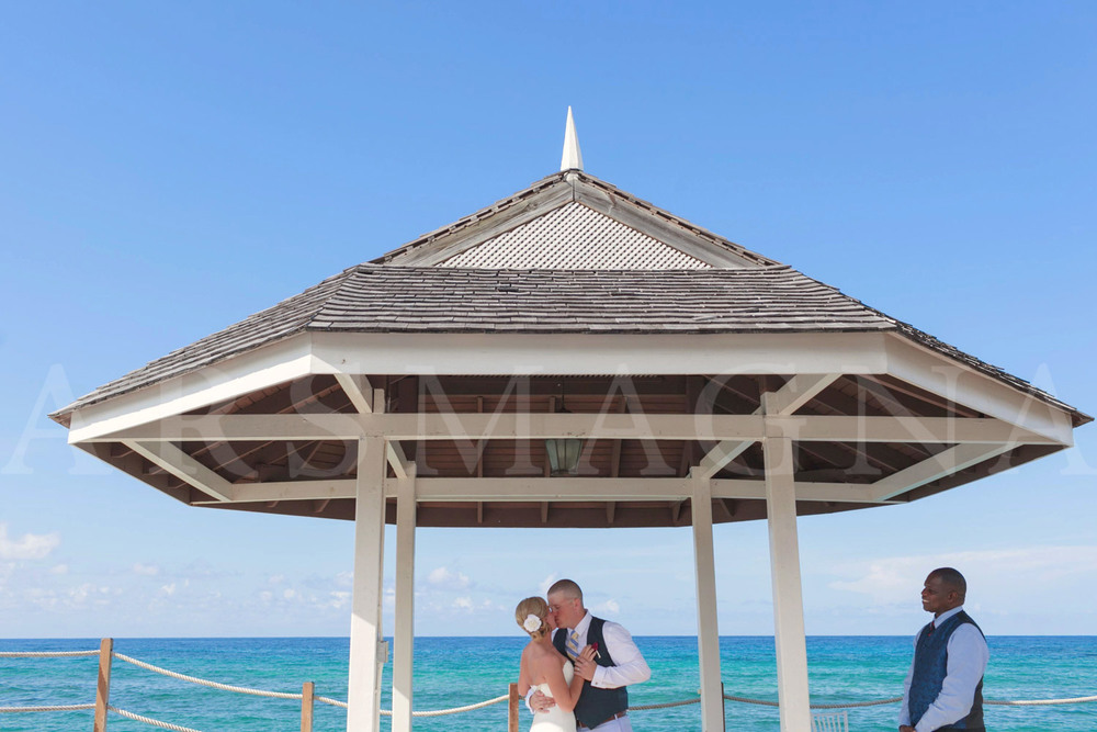 destination-wedding-photography-ochio-rios-jamacia-sandals-17.jpg