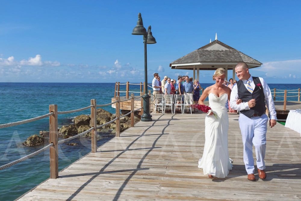 destination-wedding-photography-ochio-rios-jamacia-sandals-18.jpg