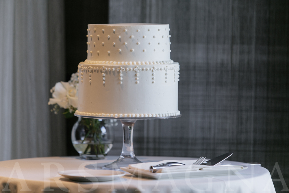 an understated and elegant two tier cake