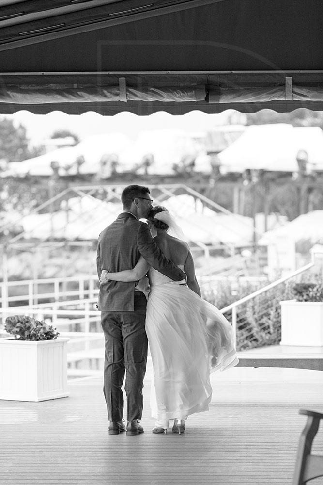 duxbury bay maritime academy rainy wedding kiss