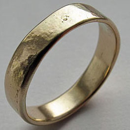 9ct gold eternity ring.