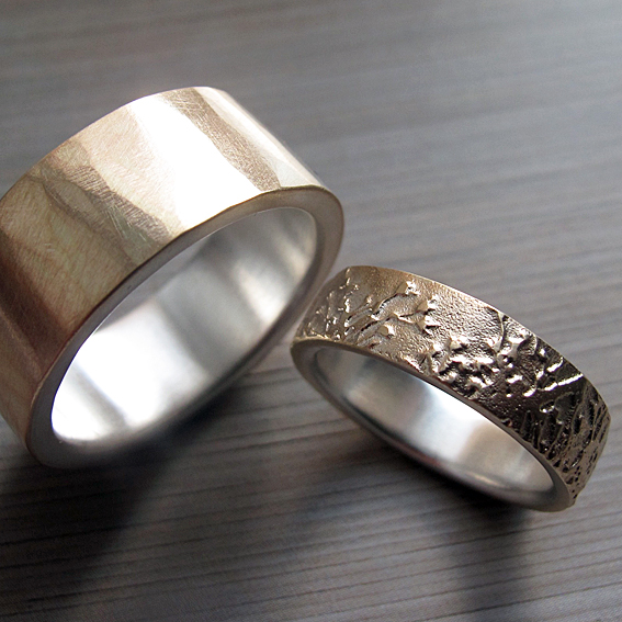 9ct gold Meadow ring with silver inlay
