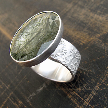 Meadow ring with tourmalinated quartz.jpg