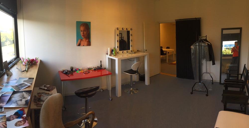 Omklædning og makeup rum