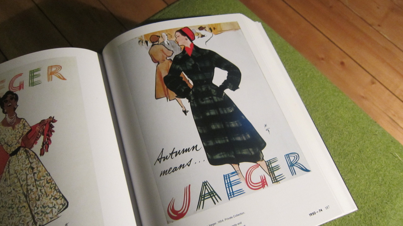 loving this Rene Gruou advertisement for @JaegerLondon from 1954 when flicking through my favourite new book last night from my housemate. 100 Years of Fashion Illustration FYI. Although I love the texture in the coat and outfit overall, it's the background I was paying attention to and have had a little word with myself to take on board for something similar. just hinting at a background is enough to give us an atmosphere without taking anything away from the advertised outfit. If anyone can do this, Gruou can.