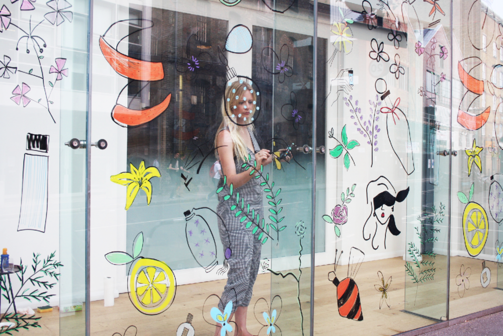 Live illustration glass window