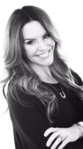 Lisa Pineiro - DFW Beauty Guide