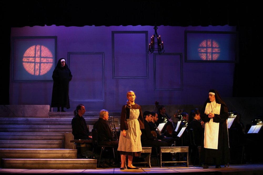 Minimalist set for Sound of Music still sets the tone.