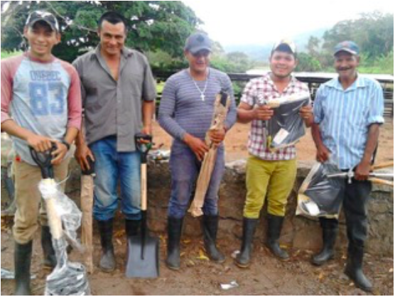 Often communities desire to do the hard work of restoring their watershed but lack the tools to do so. With the support of Cold Smoke Coffeehouse, we were able to provide tools like sturdy shovels to residents of Tierra Amarilla, who volunteer all the labor of the project.