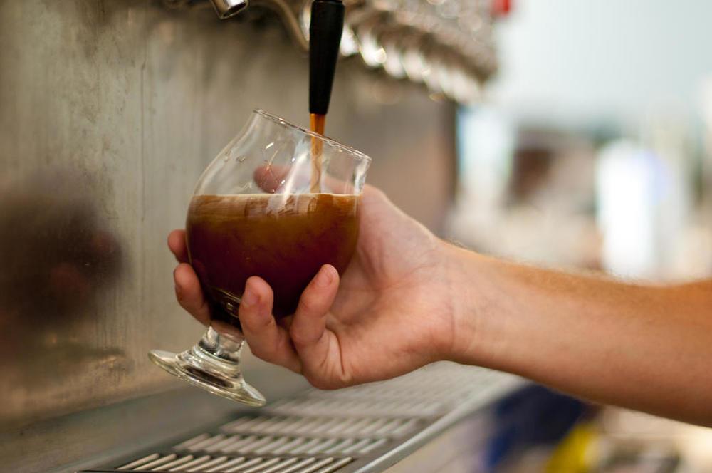 beerspresso-pour.jpg