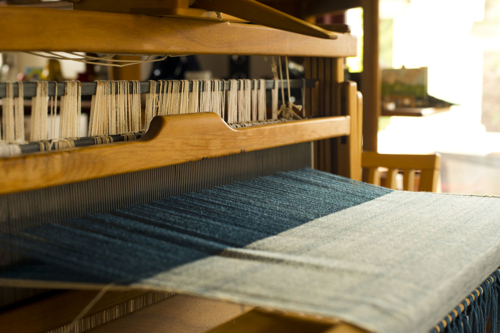 SOURCE-Denim-table-loom