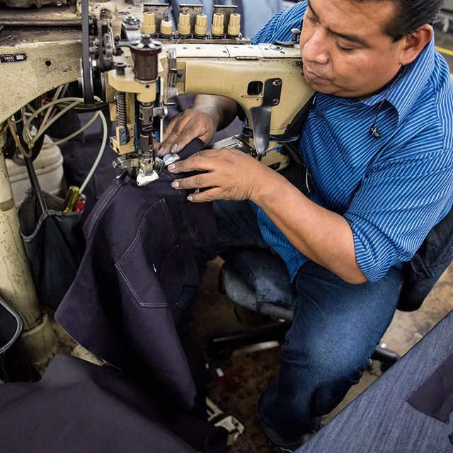We are proud of being made in the USA but prouder still of all the people who sit behind our sewing machines. A lot of our employees moved here seeking freedom, safety, and a chance to work for a better life.  We must continue to defend the rights of immigrants and refugees, because that is what makes America great. 📷 by @dalb.y