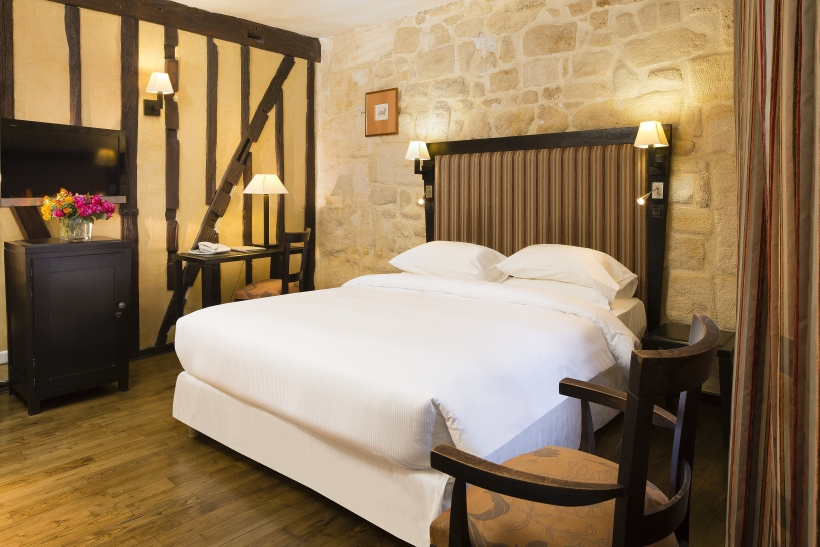 Hotel in the Latin Quarter  - $100 x 10