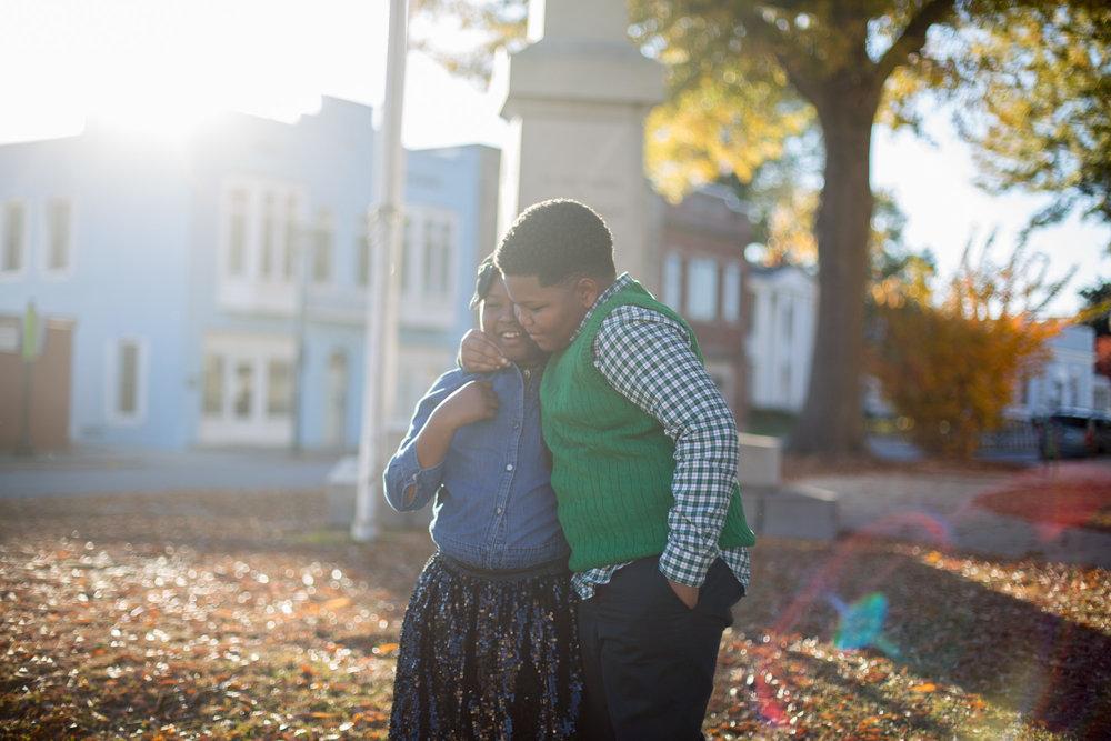 Family Photo 2017 | Greenville NC Photographer | Bryant Tyson Photography | www.memoriesbybryant.com
