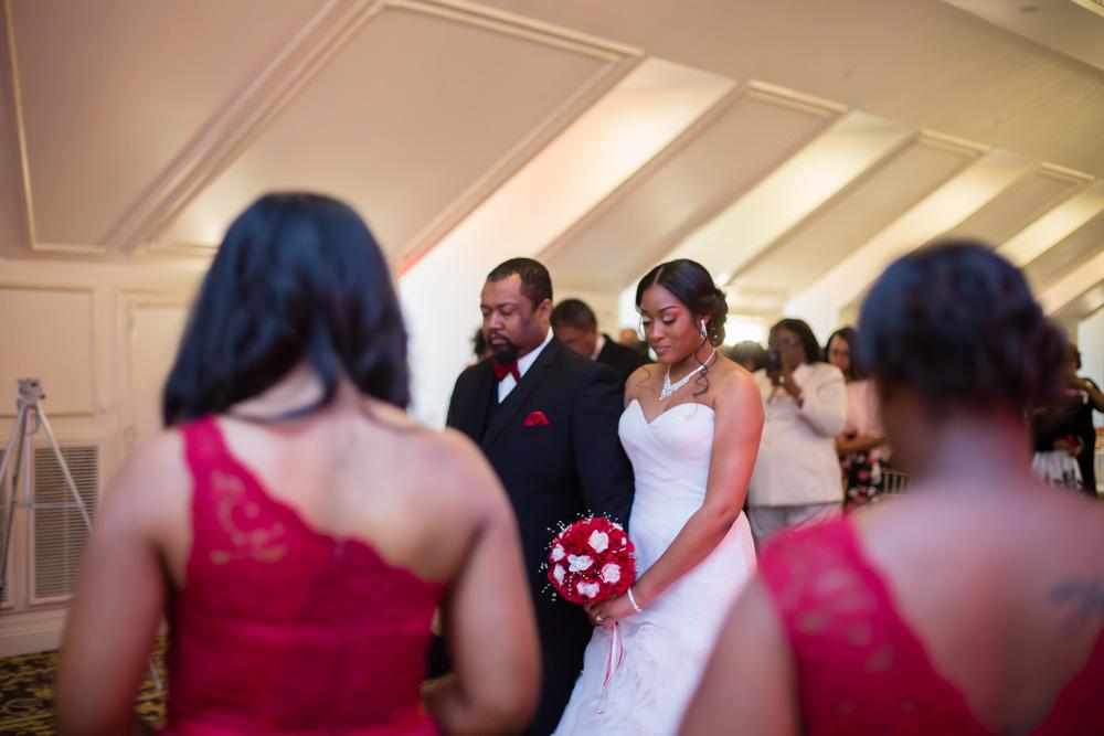 Candice + Derrick | Eastern NC Photographer | Landmark Hall & Gardens Wedding | Bryant Tyson Photography | www.memoriesbybryant.com