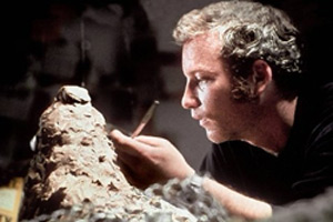 Michael compares his early mbira obsession with that of Richard Dreyfus' character in the film 'Close Encounters of the Third Kind'.