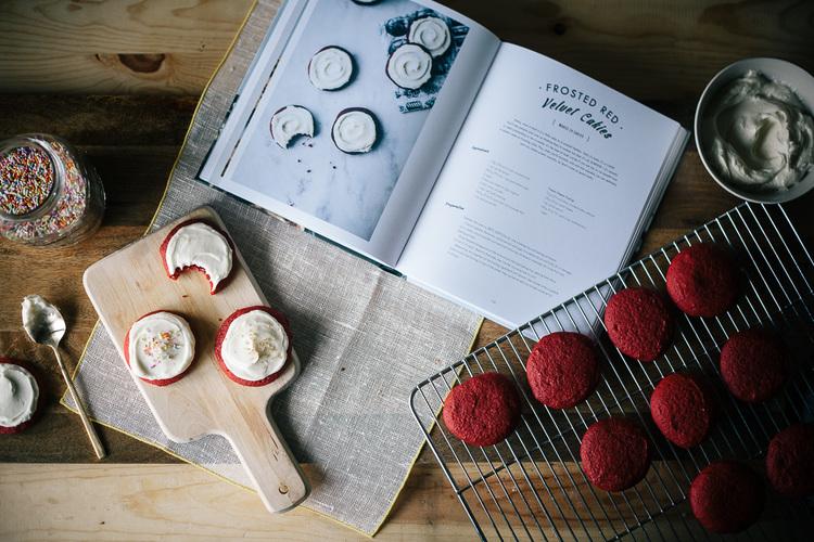 red-velvet-cakies-11.jpg