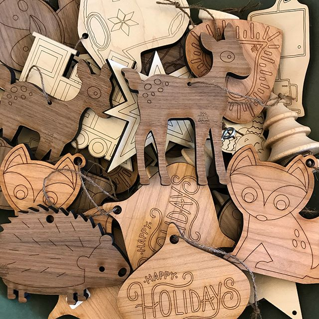 Do you still need neighbor gifts? Come in and get that taken care of today. We've got lots of options for right around $5 and we're open until 8 pm tonight!#supportlocalbusinesses #supportlocalartists‼️ #beehivebazaar #neighborgifts #keepitclassy #shopsmallutah #shoplocalutah #christmasiscomingsoon