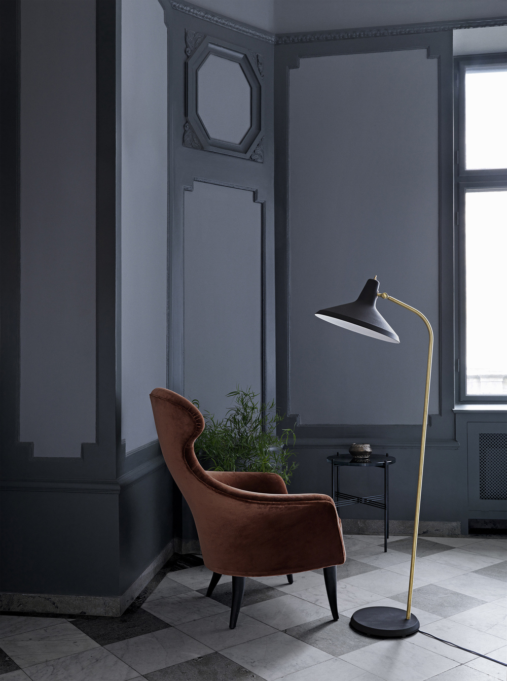 Eva chair - Velluto di Cotone 641 _G10 floor lamp - matt black_TS table Ø40 - granite black.jpg