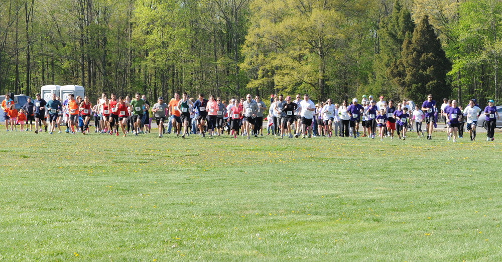 Start of the 5K races and fun/run walk.  Photo courtesy of Fusion Race Timing .