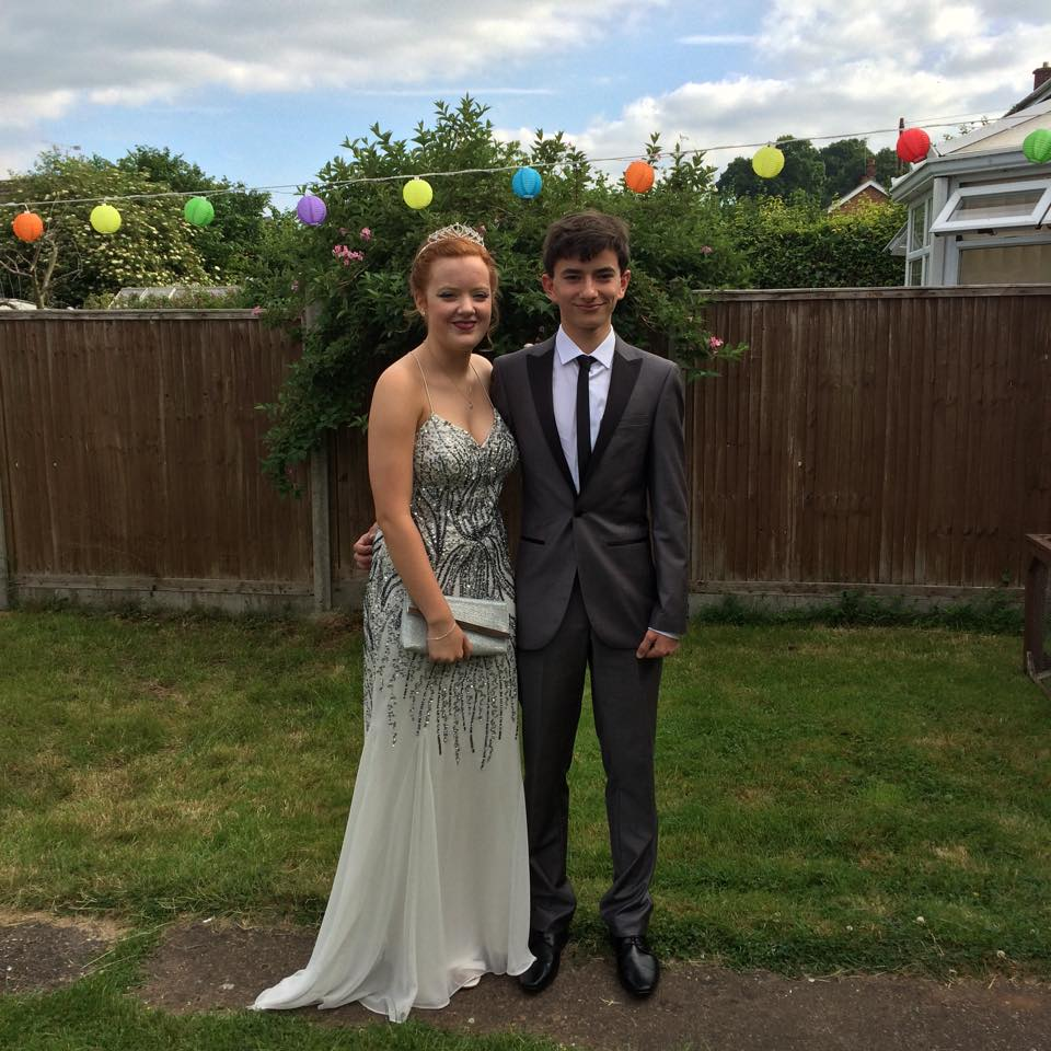T hank you very much for choosing Jess as your prom queen she looks beautiful x - Sarah Cottee Key