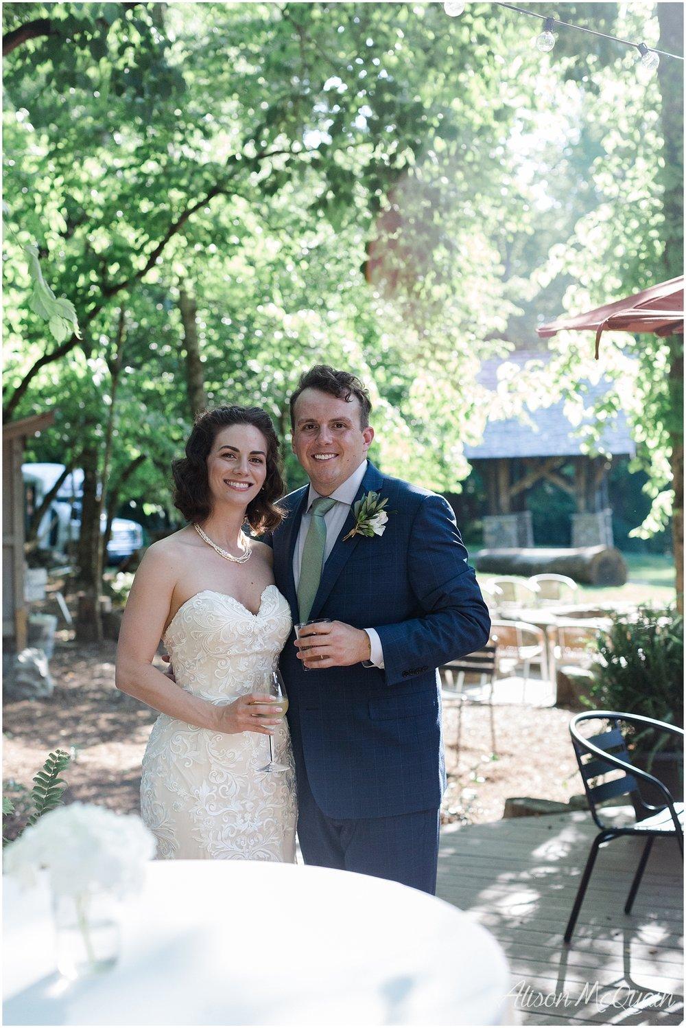 2018-05-23_0020LandC_wedding_dancingbearlodge_townsend_tn_amp.jpg