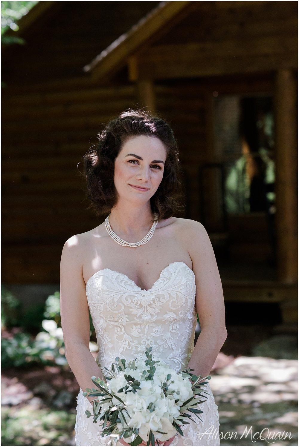 2018-05-23_0005LandC_wedding_dancingbearlodge_townsend_tn_amp.jpg