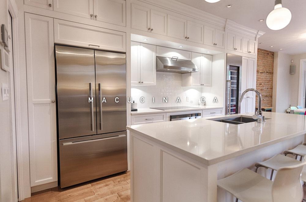 cuisines classiques armoires de cuisine laval macucina armoires de cuisine et vanit s sur. Black Bedroom Furniture Sets. Home Design Ideas