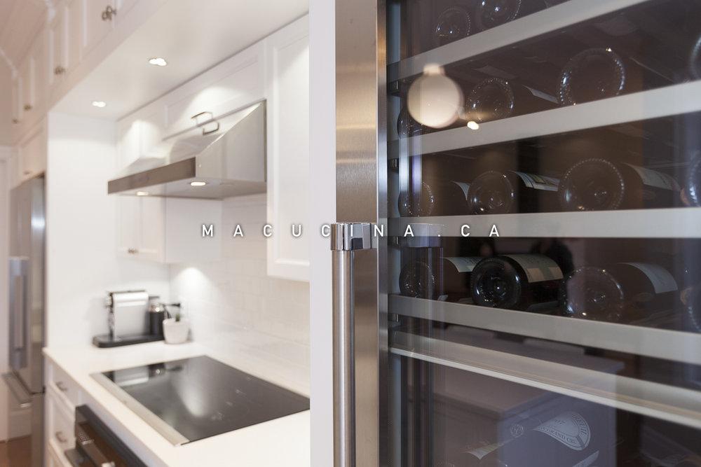 Cuisine classique à Montréal - armoires sur mesure